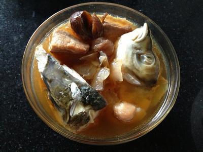 川芎白芷炖鱼头