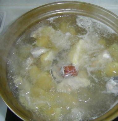 雪莲花瘦肉汤