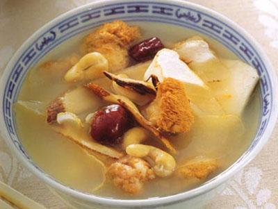 玄参生地猪肉汤