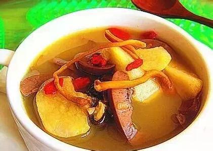 大豆甜桔梗猪腰汤