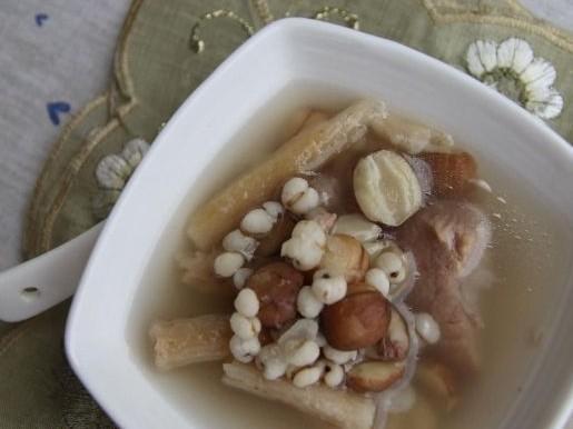 沙参玉竹薏仁排骨汤